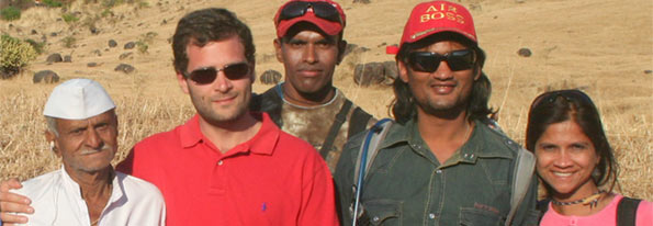 Rahul Gandhi learns paragliding with Nirvana Adventres!