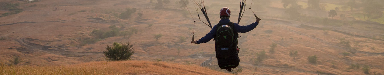 shinde hill paragliding site in india