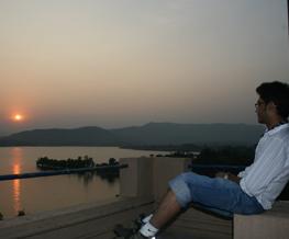 sun set at flynirvana guest house